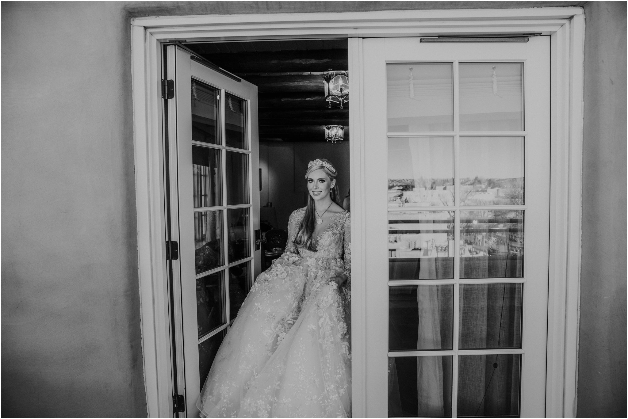 0011La Fonda Weddings Blue Rose Photography Studios