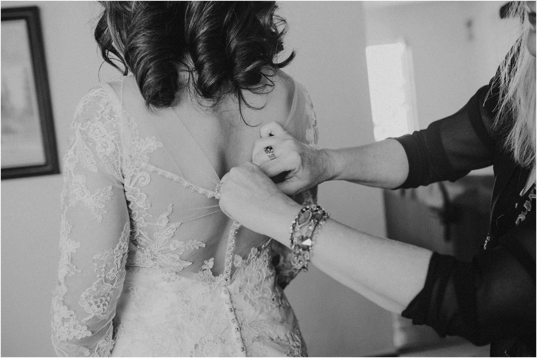0017albuquerque-wedding-photographer_santa-fe-wedding-photographer_-southwest-wedding-photography_-blue-rose-studio