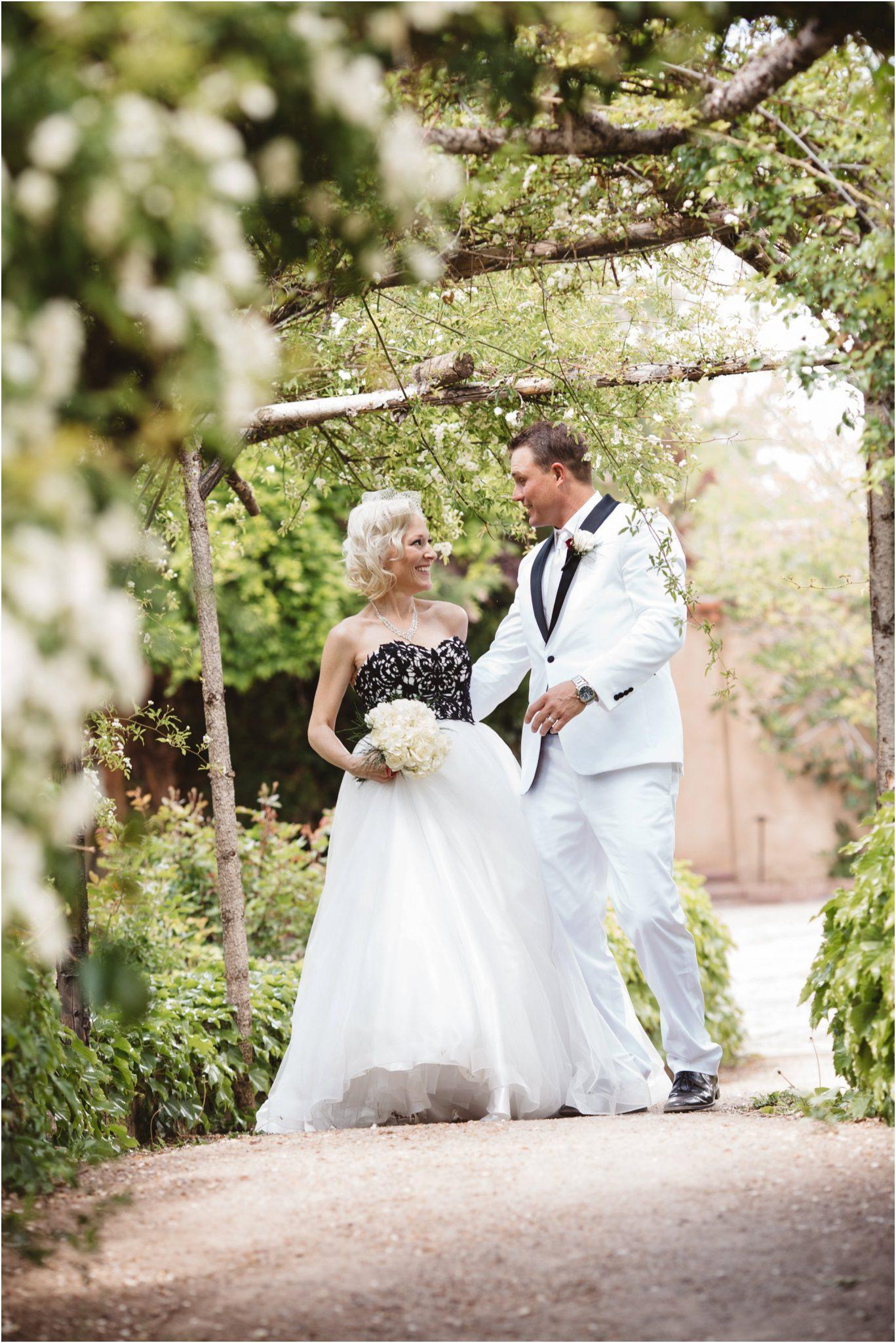 0018albuquerque-wedding-photographer_santa-fe-wedding-photographer_-southwest-wedding-photography_-blue-rose-studio0000