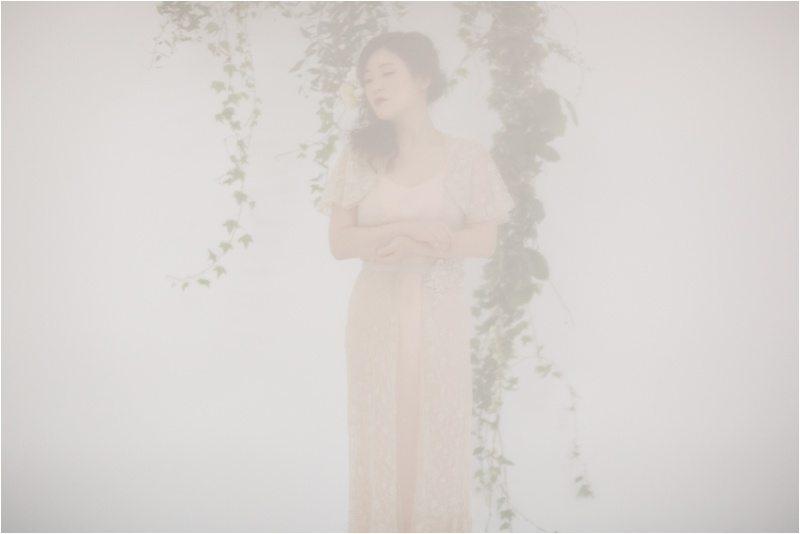 020Vintage-Bride_-Lace-Bridal_Blue-Rose-Studio_Albuquerque-Wedding-Photography