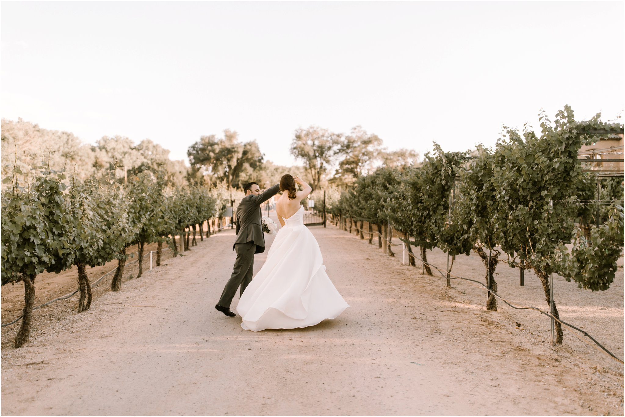 0216Casa Rodena Winery Wedding, Inn and Spa at Loretto wedding, Santa Fe wedding photographers, blue rose photography