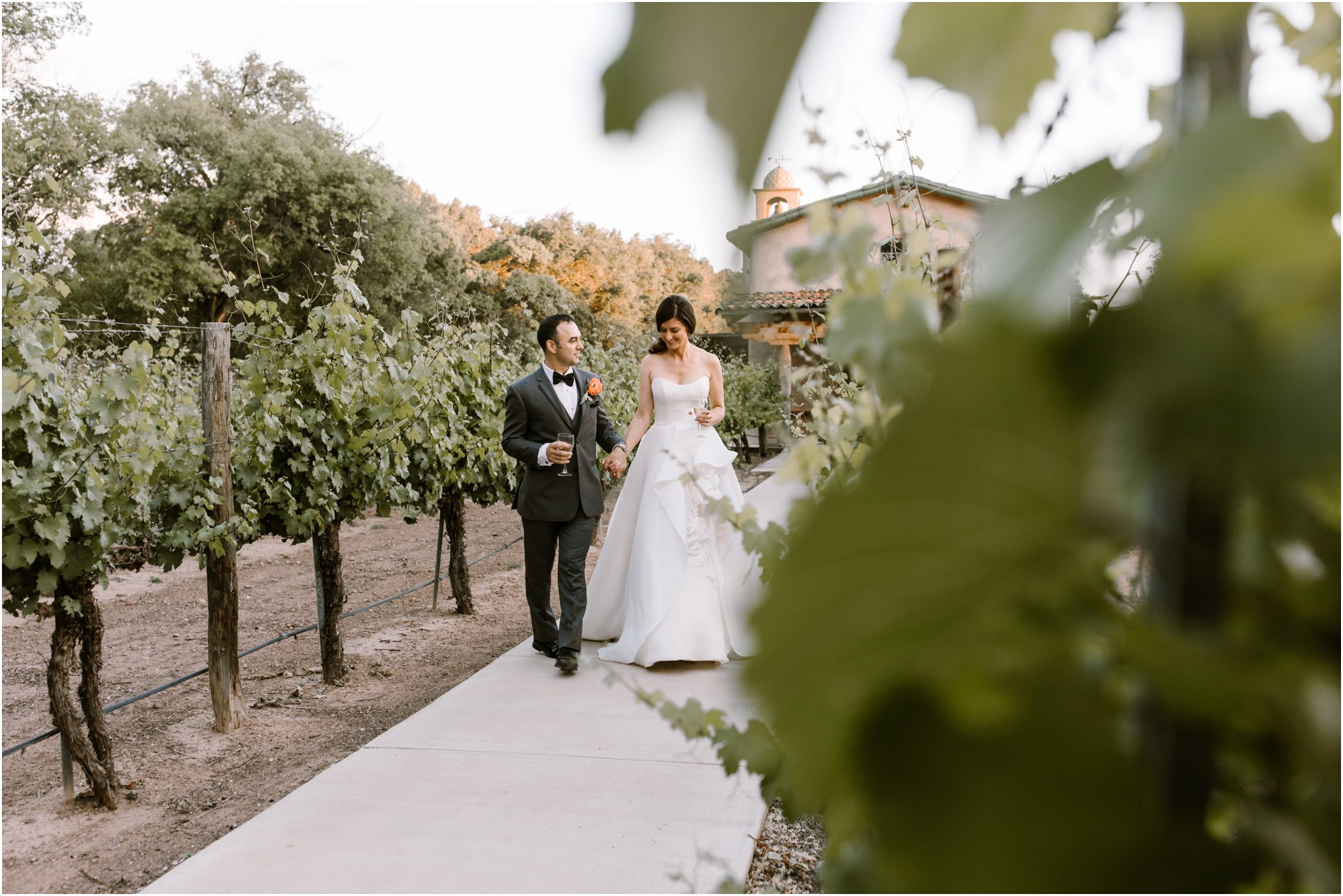 0234Casa Rodena Winery Wedding, Inn and Spa at Loretto wedding, Santa Fe wedding photographers, blue rose photography