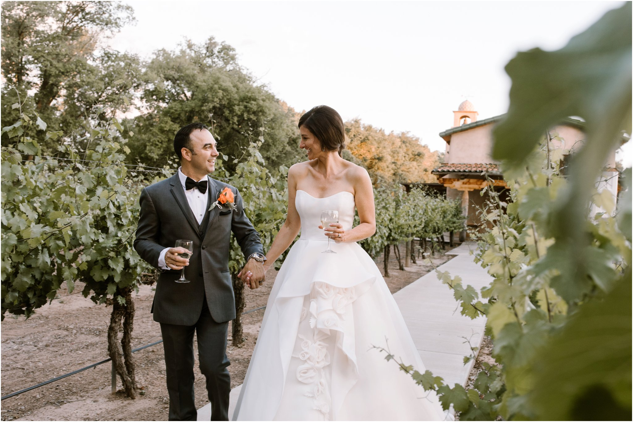 0235Casa Rodena Winery Wedding, Inn and Spa at Loretto wedding, Santa Fe wedding photographers, blue rose photography