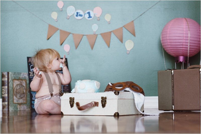 025Albuquerque-Family-Photographer_-Smash-cake-pictures_Best-Top-New-Mexico-Photography