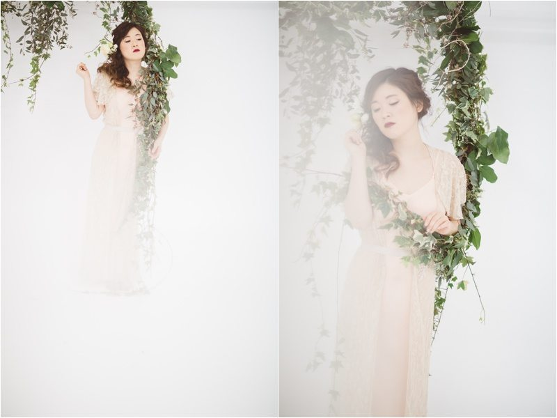 027Vintage-Bride_-Lace-Bridal_Blue-Rose-Studio_Albuquerque-Wedding-Photography