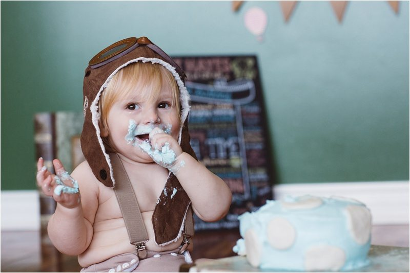 029Albuquerque-Family-Photographer_-Smash-cake-pictures_Best-Top-New-Mexico-Photography