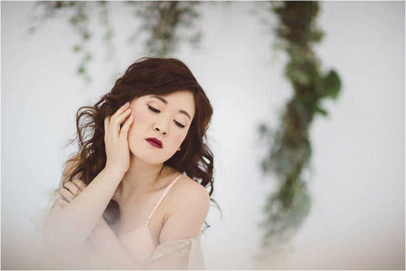 031Vintage-Bride_-Lace-Bridal_Blue-Rose-Studio_Albuquerque-Wedding-Photography
