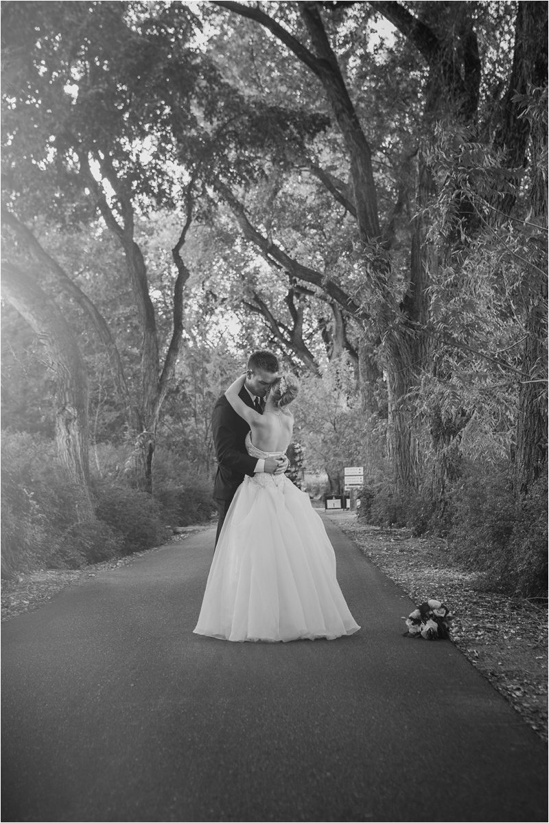 052Albuquerque Wedding Photographer- wedding photographers New Mexico- Los Poblanos Wedding Pictures