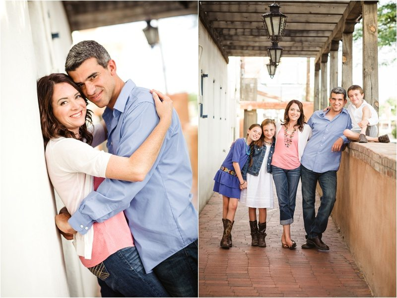 14Blue-Rose-Phtography_Old-Town_Engagement-Pictures_Family-Pictures