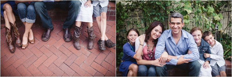24Blue-Rose-Phtography_Old-Town_Engagement-Pictures_Family-Pictures