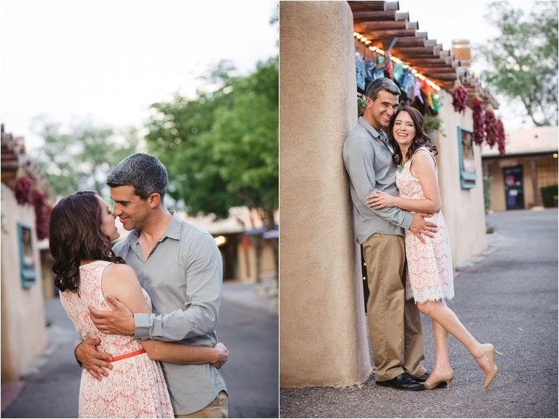 32Blue-Rose-Phtography_Old-Town_Engagement-Pictures_Family-Pictures