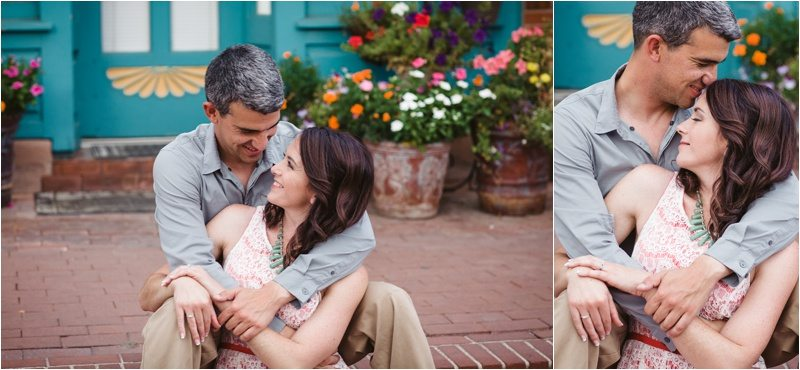 34Blue-Rose-Phtography_Old-Town_Engagement-Pictures_Family-Pictures