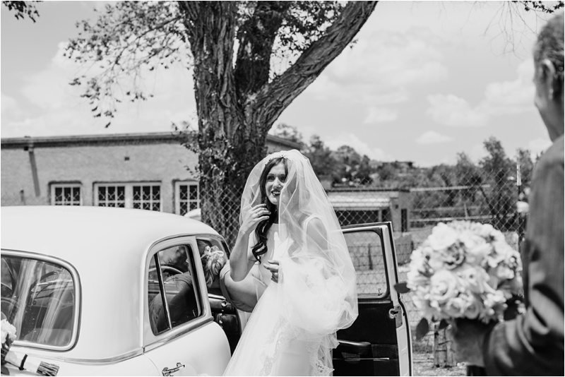 002Santa-Fe-Wedding-Cristo-Rey-Wedding-La-Fonda-Wedding-Blue-rose-Studios