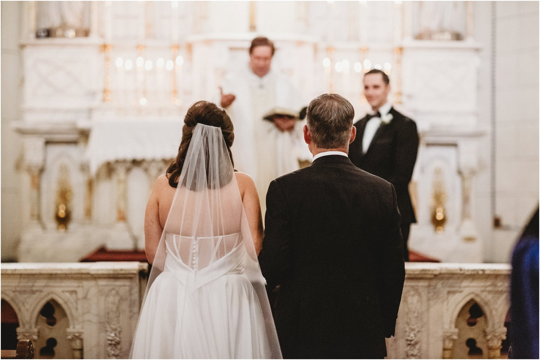 0031Santa_Fe_Wedding_Photographer_Loretto_Chapel_Weddings_Blue_Rose_Photography