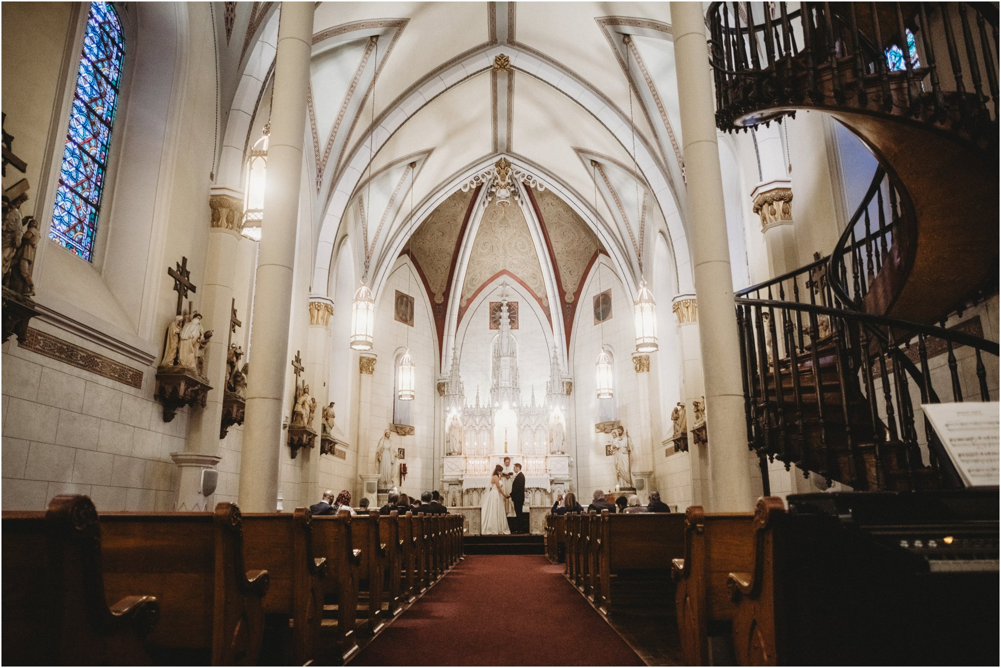 0032Santa_Fe_Wedding_Photographer_Loretto_Chapel_Weddings_Blue_Rose_Photography