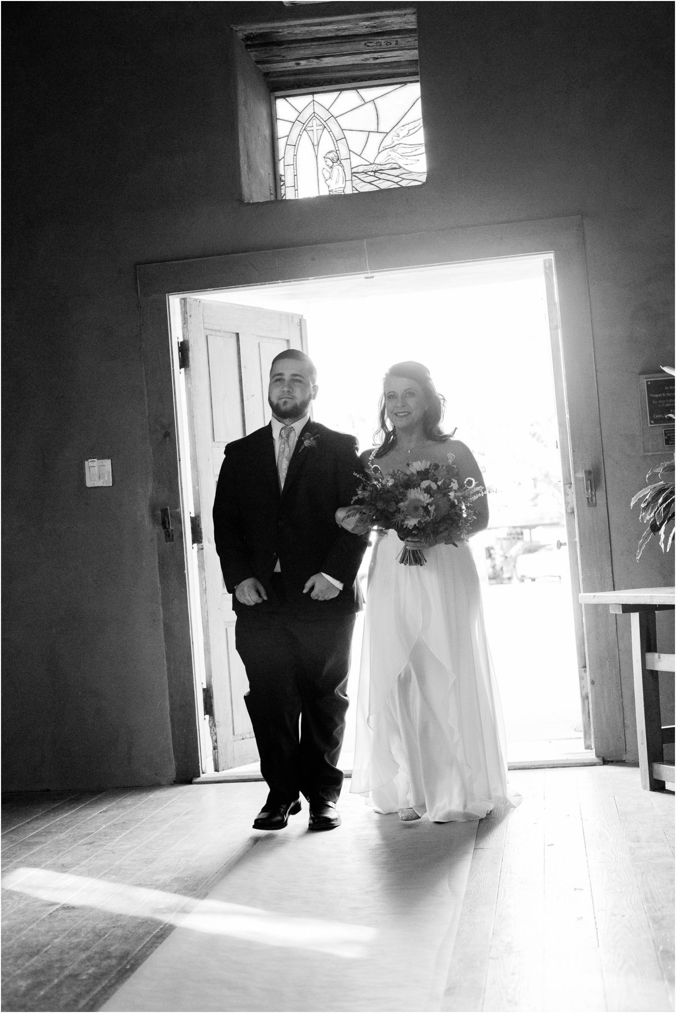 044BlueRosePhotography_ Albuquerque wedding photographers