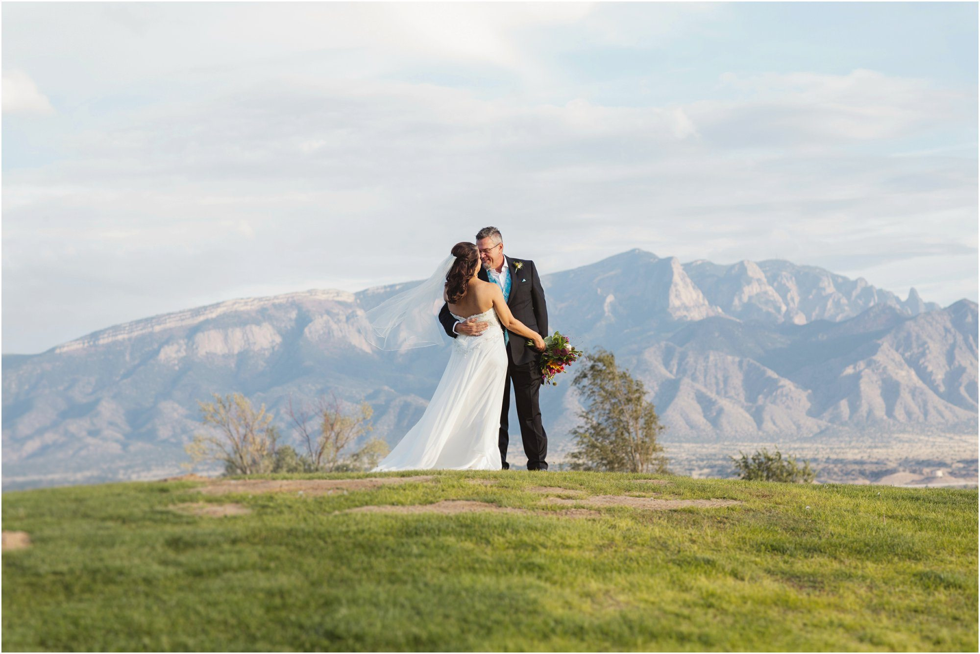 057BlueRosePhotography_ Albuquerque wedding photographers