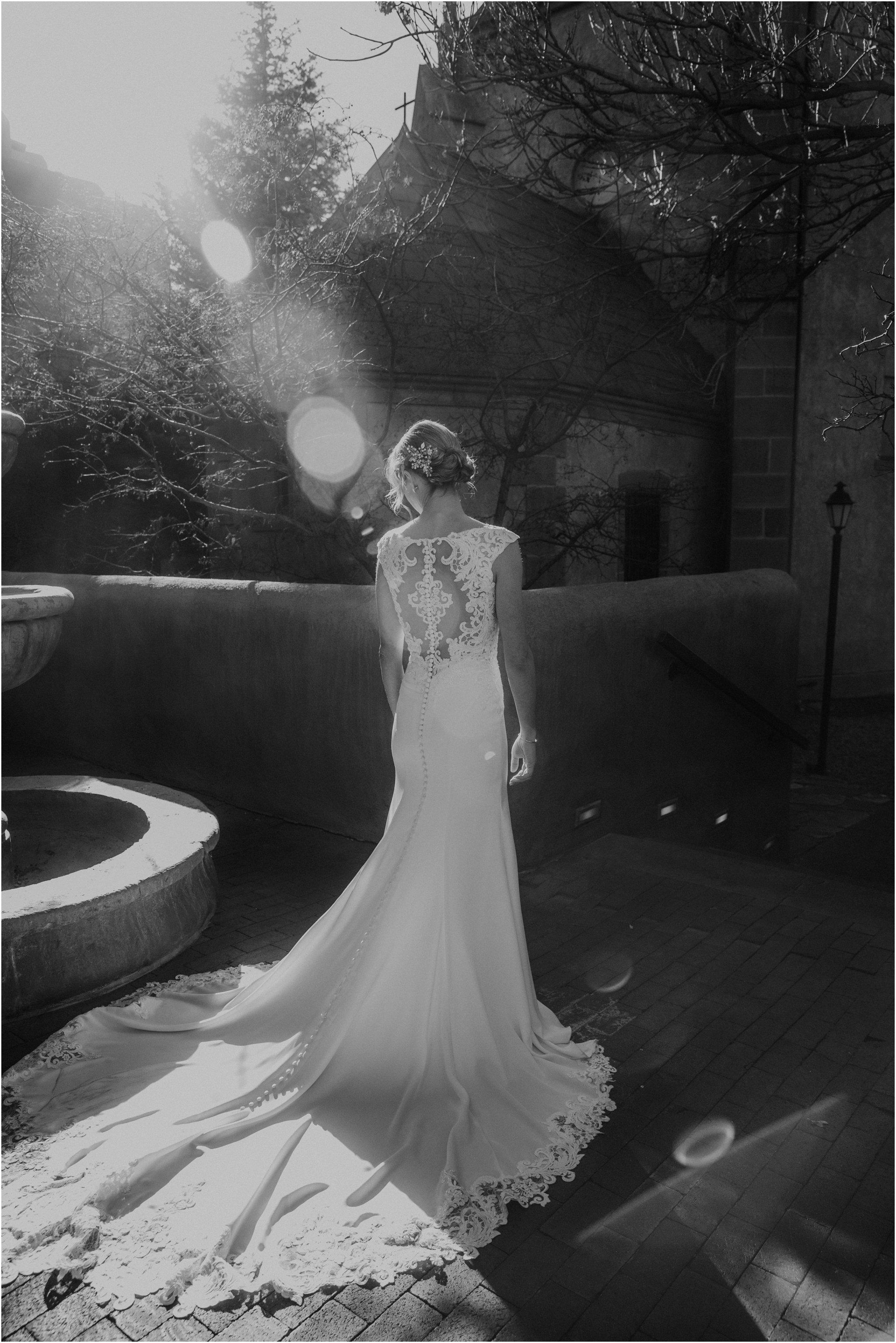 0895Loretto Chapel Wedding, Inn and Spa at Loretto wedding, Santa Fe wedding photographers, blue rose photography