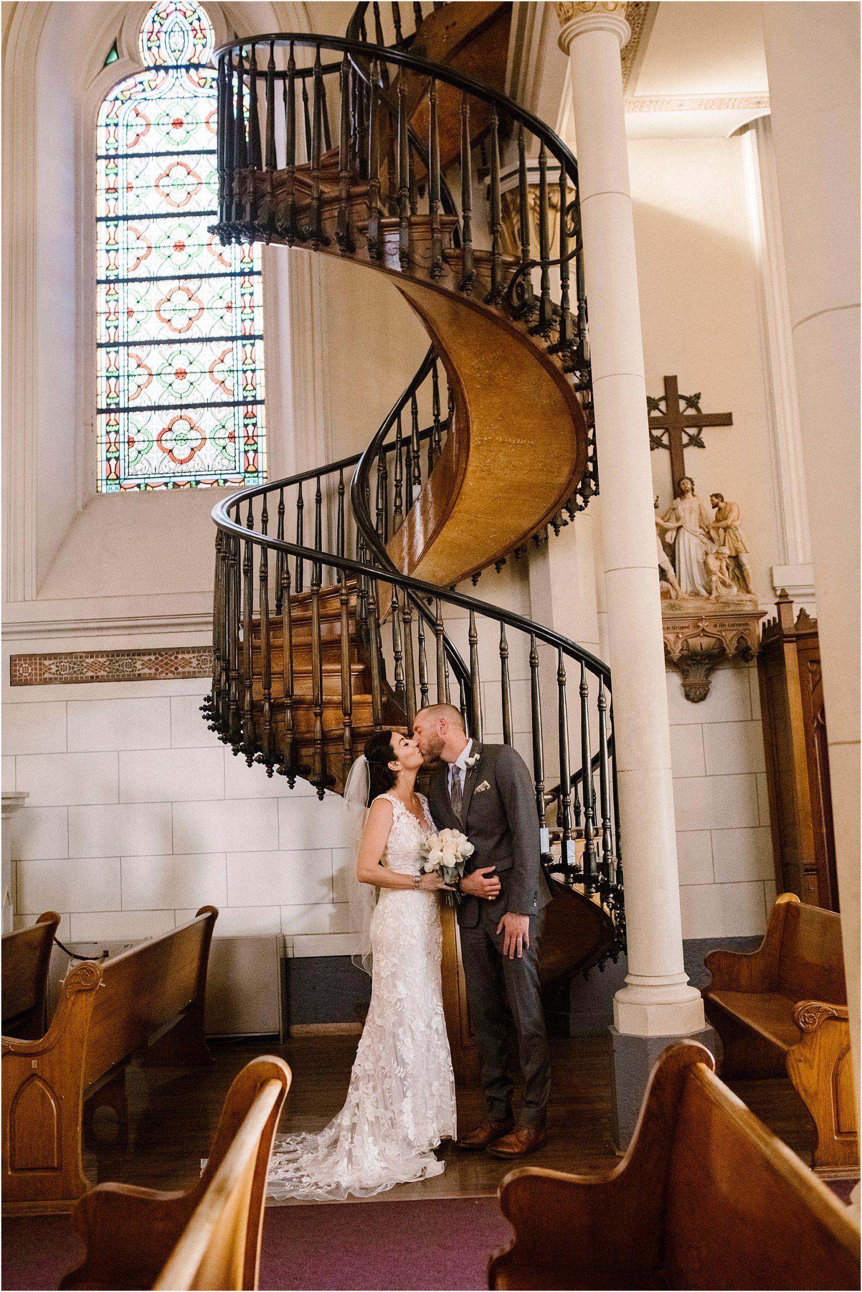 BlueRosePhotography_LaurenandCharles_LorettoChapel16